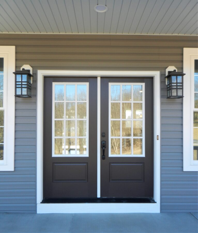 Double front entry door on a custom home in the Lehigh Valley.